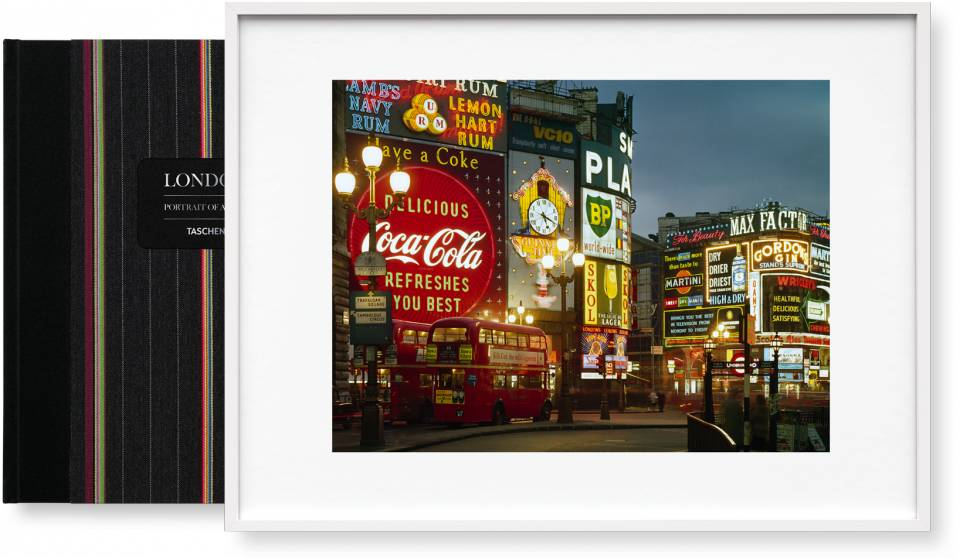 London. Portrait of a City, Paul Smith Edition No. 1–500 'Piccadilly Circus' - image 1