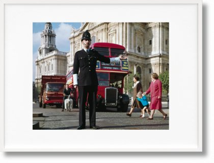 London. Portrait of a City, Paul Smith Edition No. 501–1,000 'Traffic Policeman' (Limited Edition)