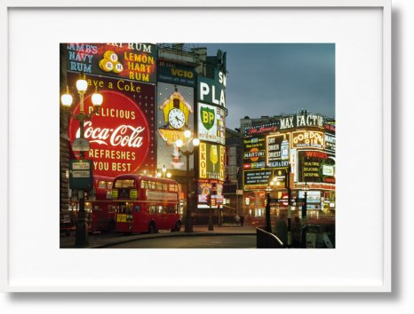 London. Portrait of a City, Paul Smith Edition No. 1–500 'Piccadilly Circus' (Limited Edition)