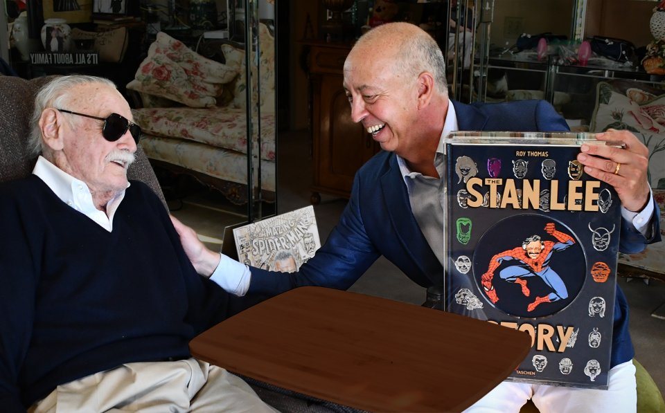 Benedikt Taschen presented the first copy of The Stan Lee Story to the legendary writer and editor just ten days before his death.