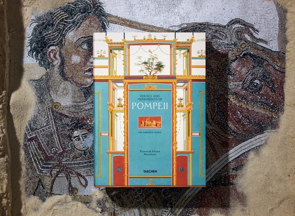 Fausto & Felice Niccolini. The Houses and Monuments of Pompeii - image 1