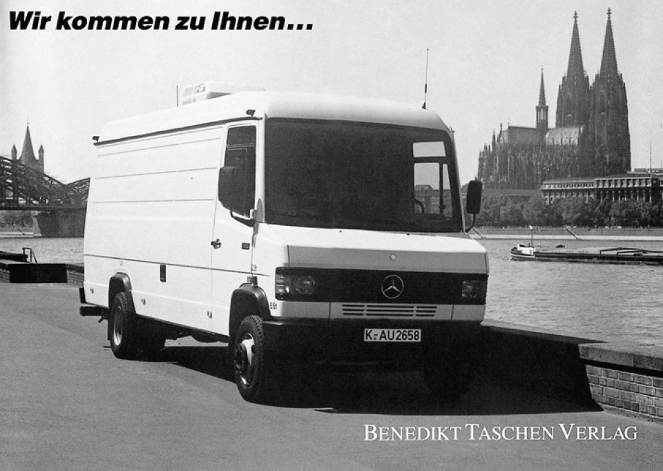 The TASCHEN-mobile hits Germany.